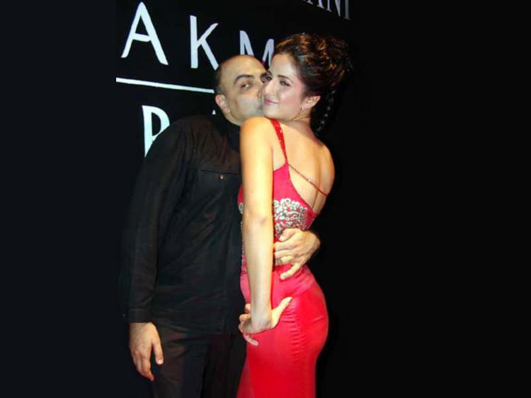 Katrina Kaif Sexy Kiss Still