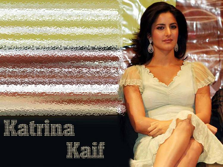 Katrina Kaif Sizzling Nice Wallpaper