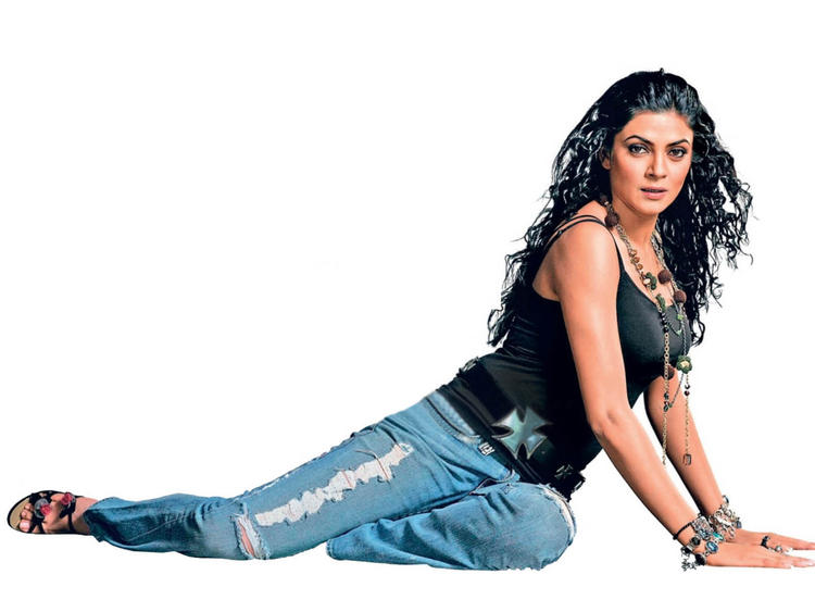 Hottest Sushmita Sen Pose For Photo Shoot