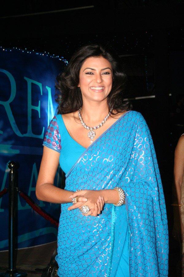 Sushmita Sen Glazing Teal Color Saree Smiley face Still