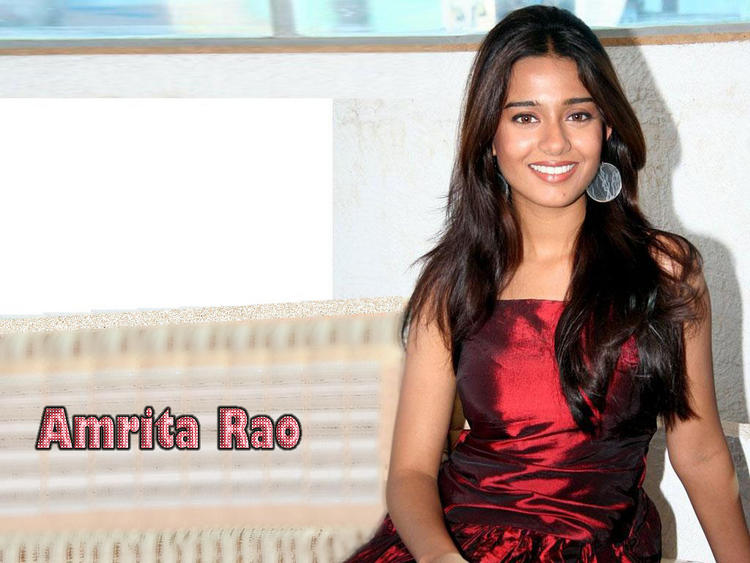 Amrita Rao Gorgeous Wallpaper In Glazing Maroon Color Dress