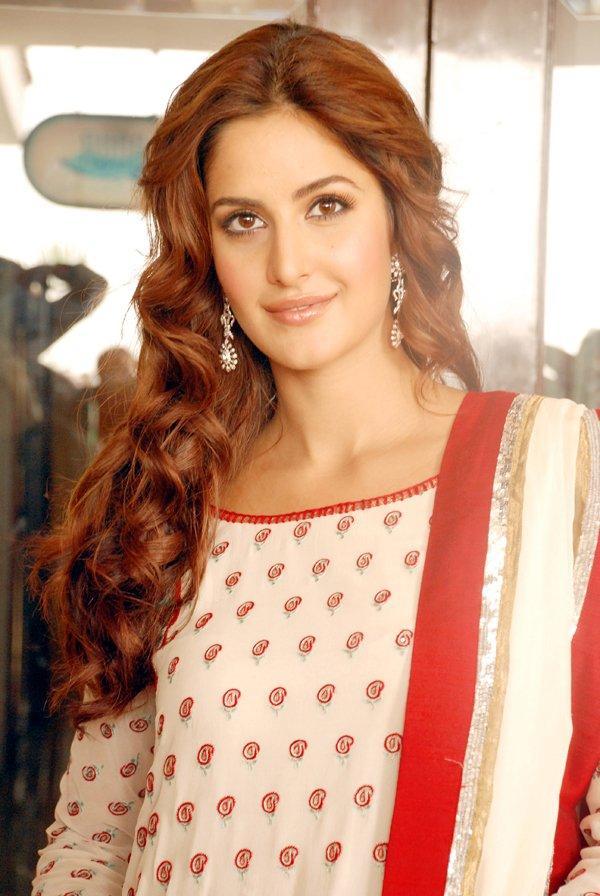 Katrina Kaif Cool Looking Still In Salwar Kameez