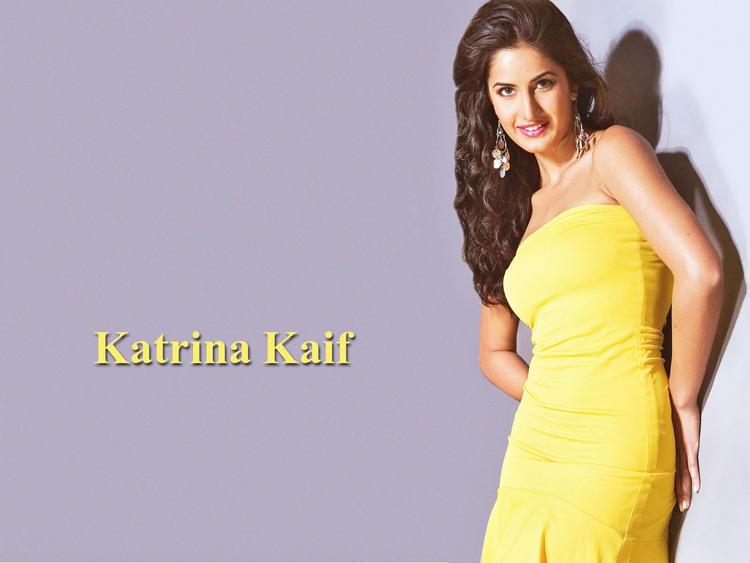 Katrina Kaif Cute Look Wallpaper In Yellow Dress