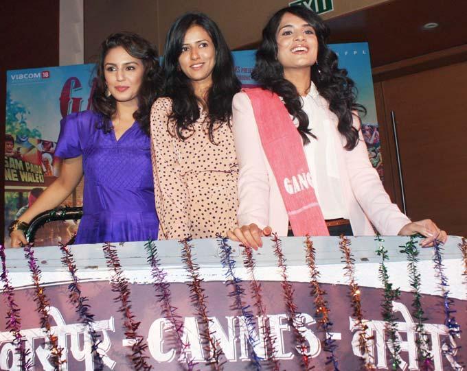 Richa,Huma and Sneha at Gangs Of Wasseypur Press Meet