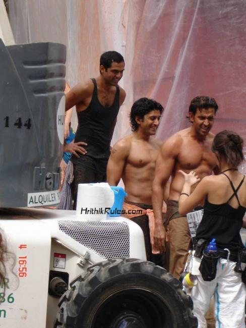 Hrithik and Farhan Body In ZNMD