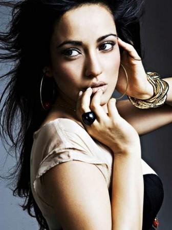 Neha Sharma Hot Pics