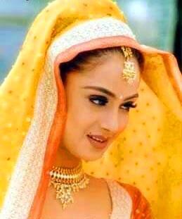 Simran Dazzling Face Look Nice Pics