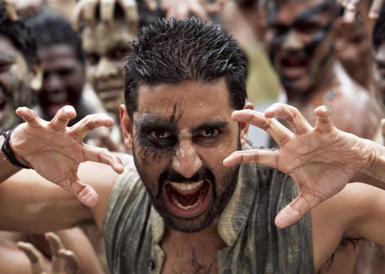 Abhishek Bachchan Ugly Pose In Raavan