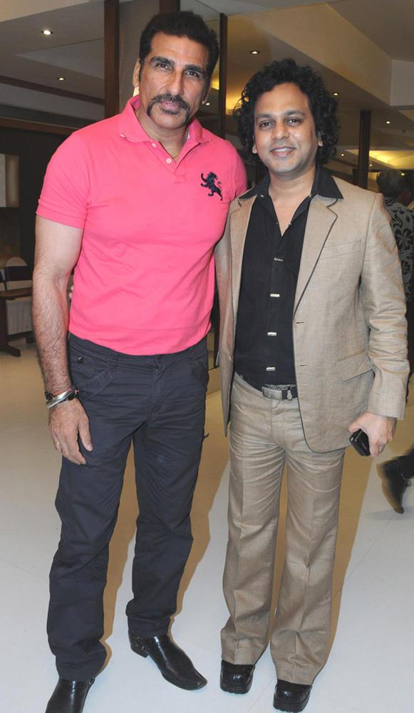 Viveck Shettyy and Mukesh Rishi Poses To Photo Shoot