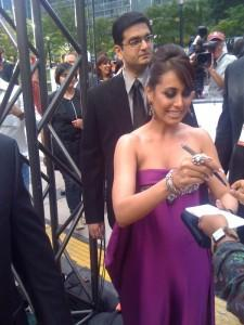 Rani Mukherjee Signing Autograph To Her Fans