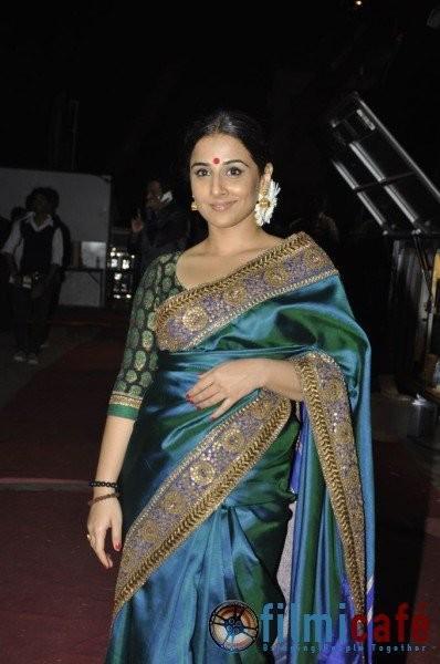Vidya Balan In Saree Glamour Look Nice Stills
