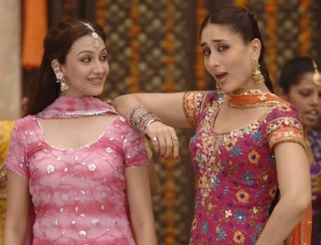 Kareena Kapoor Salwar Kameez Cute Pic In Jab We Met