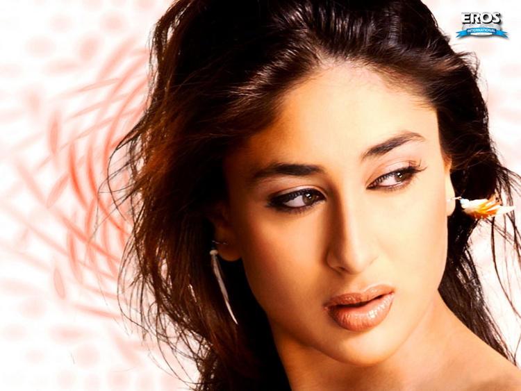 Kareena Kapoor Sexiest Face Still