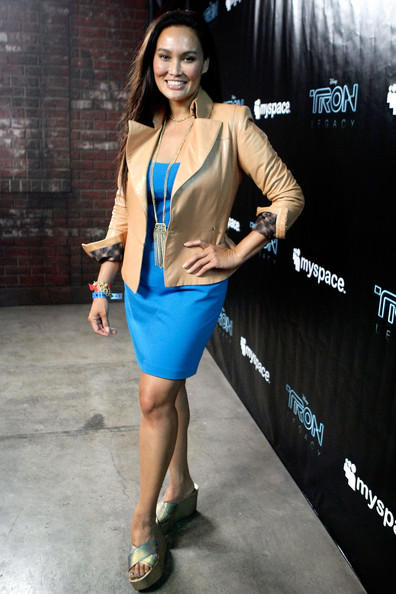 Tia Carrere Glamour Look Pic