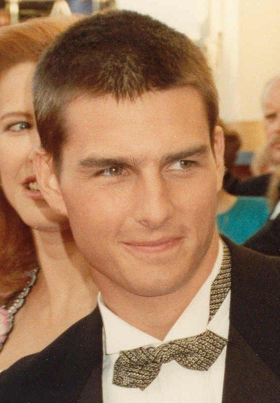Tom Cruise Dazzling Face Look Stills