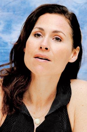 Minnie Driver First Album Everything I've Got In My Pocket and 2nd Album Seastories in Spite Of The Poor Reviews That Her 1st Album Got