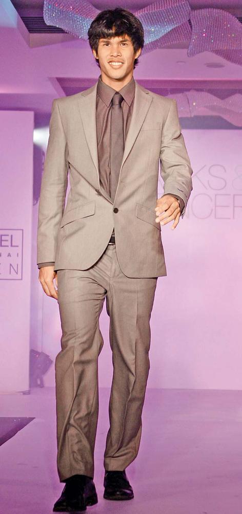 Somdev Devvarman Can't Help But Smile At Marks And Spencer Fashion Show