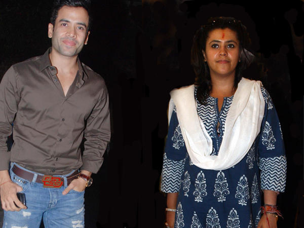 Ekta And Tusshar  Posed For Camera In A Event