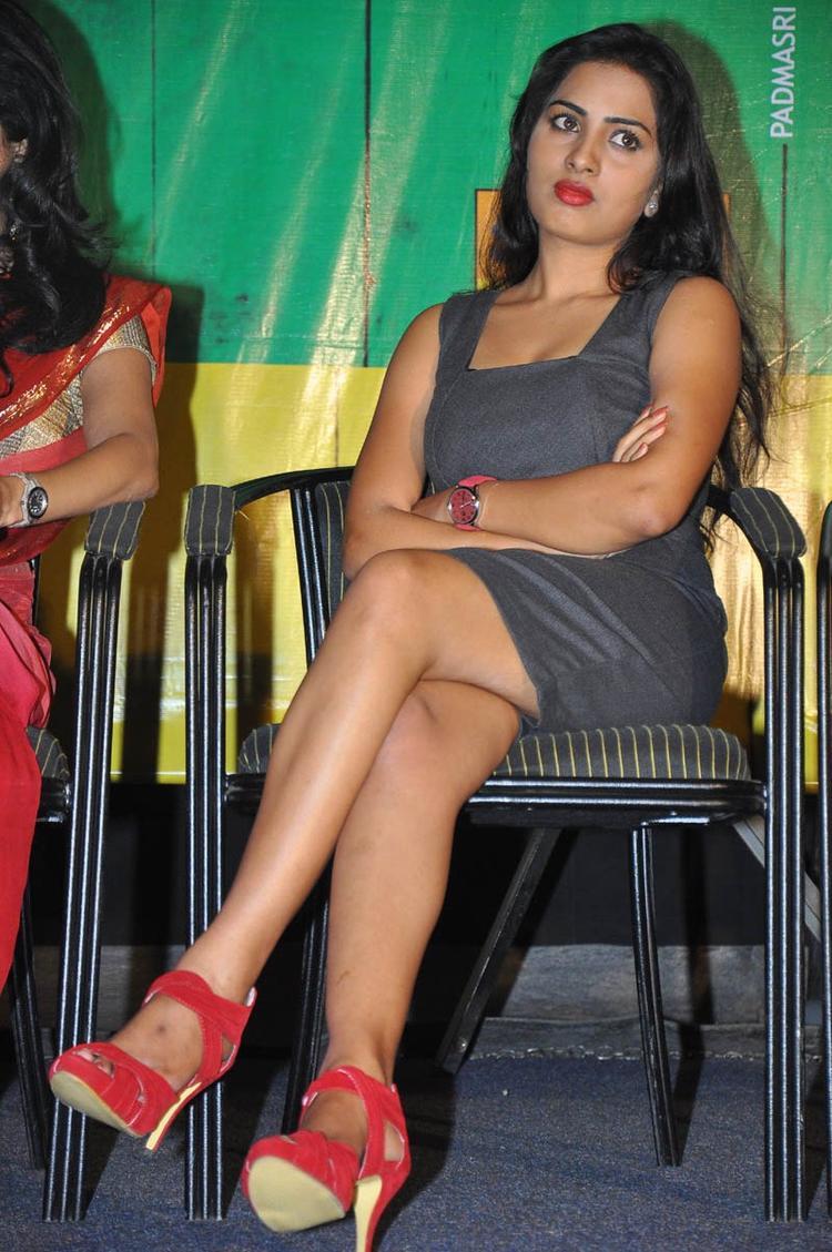 Sruthi Dazzling Face Look Still
