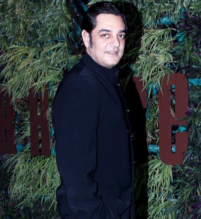 Chandrachur Singh Dazzles At Mana Shetty Store Launch