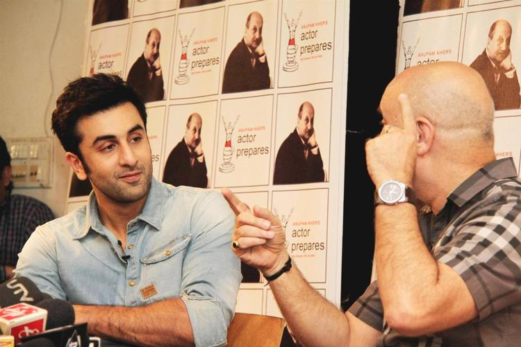 Anupam And Ranbir Discussed Acting In Detail In The Interview