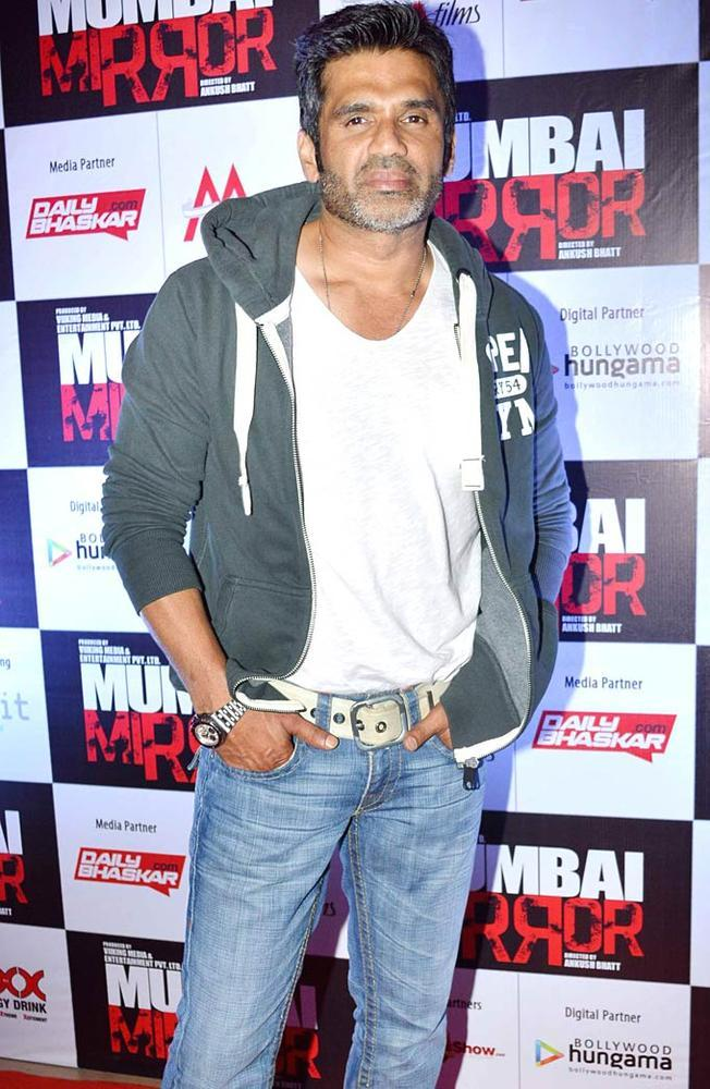Suniel Dabangg Look Photo Clicked At Mumbai Mirror Screening