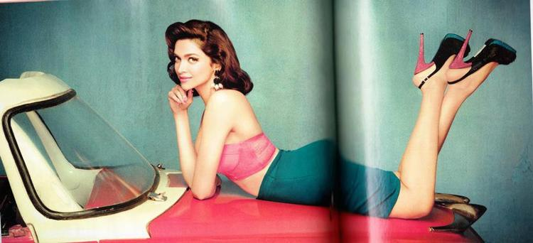 Deepika Padukone Sizzling Sexy Photoshoot For Filmfare January 2013 Issue