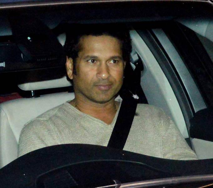 Sachin Tendulkar Cute Smiling Photo Clicked In The Driving Seat