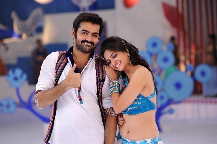Ram Pothineni And Kriti Kharbanda Romantic Scene From Ongole Githa Movie