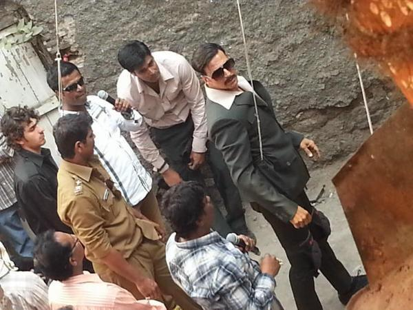 Akshay Photo During An Action Shoot On The Sets Of Movie Once Upon A Time In Mumbai 2