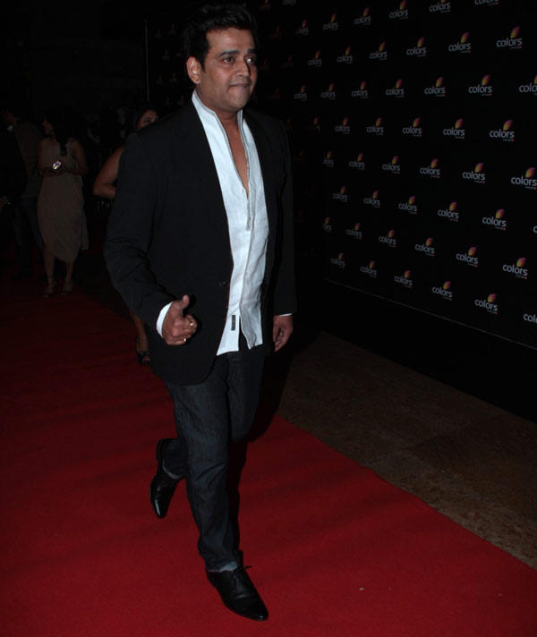 Ravi Walks In Red Carpet For Attend Colors 4th Year Celebration Party