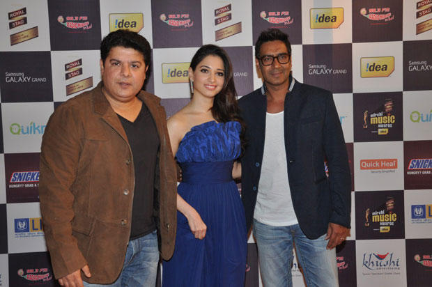 Ajay,Sajid And Tamanna Posed For Camera At 5th Radio Mirchi Music Awards