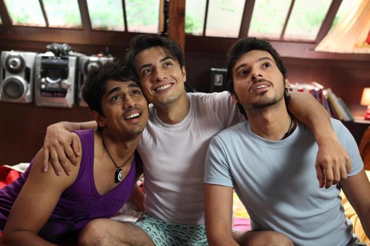 Ali,Siddharth And Divyendu A Still From Chashme Baddoor Movie