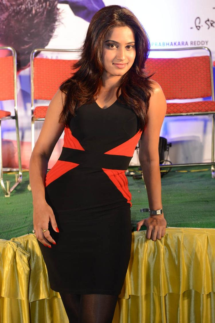 Dimple Stunning Look Still At Romance Movie Teaser Launch