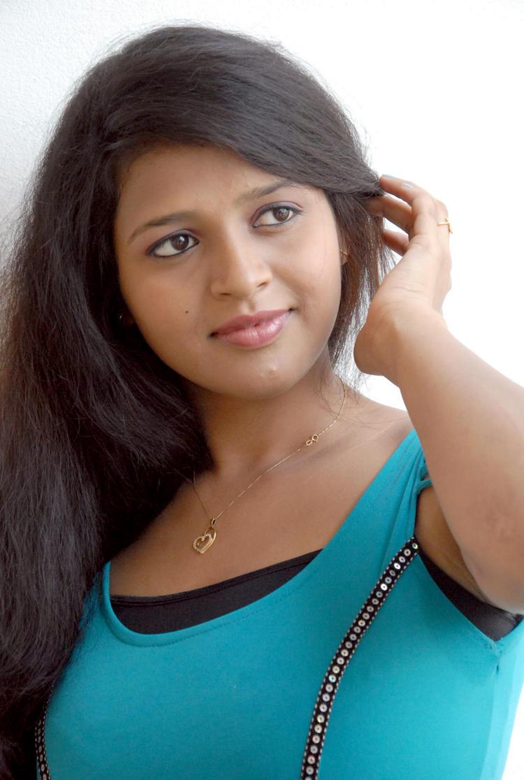 Aswi Trendy Looking Photo Still At Amma Nanna Voorelithe Movie Press Meet
