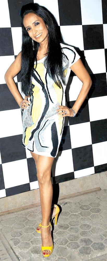 Suchitra Pillai Looks Great In A Printed Outfit At One Billion Rising Bash 2013