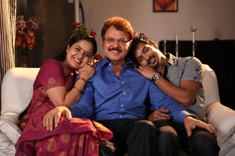 Raghavendra,Sarath And Pragathy Cosy Still At Movie Back Bench Student Location