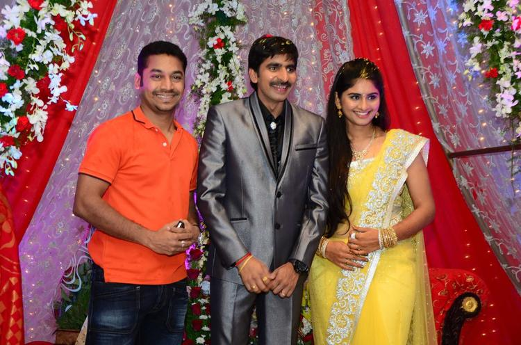 Gopichand With Wife And A Celeb Pose At His Wedding Reception At Avasa Hotel