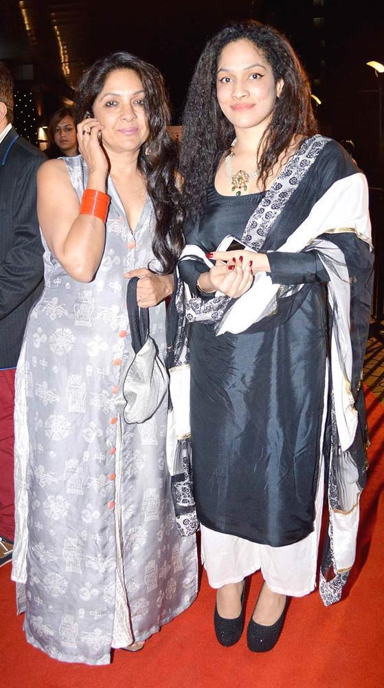 Neena With Daughter Masaba Make An Appearance At Kai Po Che Premiere Show Event
