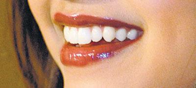 Deepika Padukone Hot Gorgeous Lippy Still