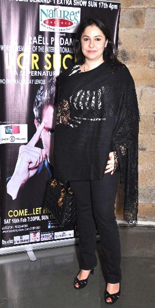 Anjali Tendulkar Strikes A Pose At Lior Suchard Mind Read Show