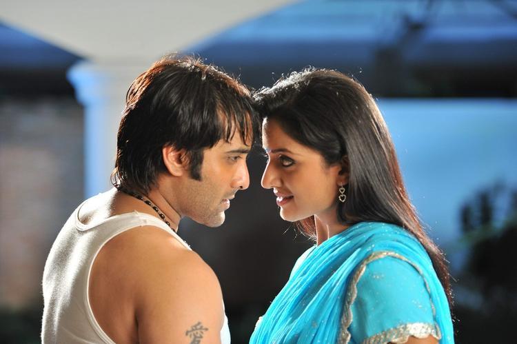 Tarun And Vimala Sizzling Look Photo Still From Chukkalanti Ammayi Chakkanaina Abbayi
