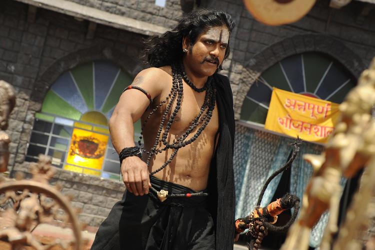 Nagarjuna Nice Look On The Sets Of Sri Jagadguru Adi Shankara Movie