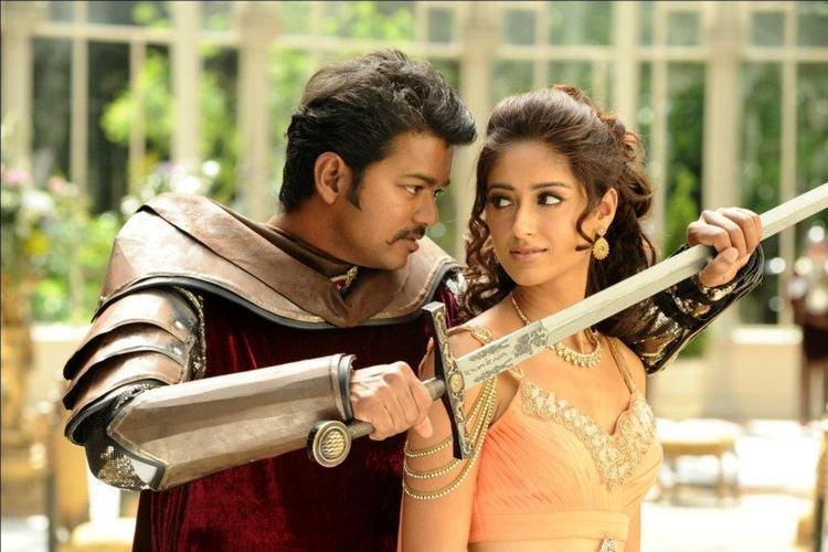 Ileana And Vijay Cute Look Photo Still From Movie Nanban