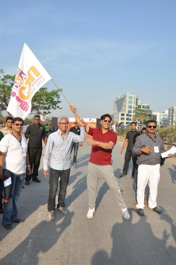 Akshay Kumar Spotted At DNA I Can Womens Half Marathon