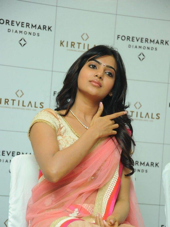 Samantha Cute Look Photo Clicked At The Launch Of Diamond Jewellery In Kirtilal Jewellers