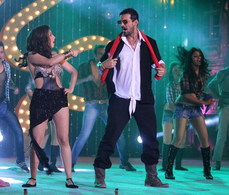 Sophie Choudry Performed With John Abraham At The Music Launch Of Shootout At Wadala
