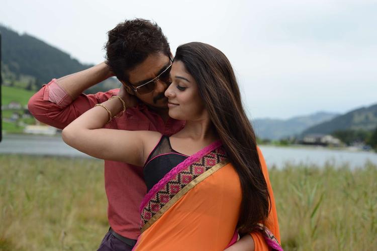 Nagarjuna And Nayantara Sizzling Chemistry Photo Still From Movie Greeku Veerudu