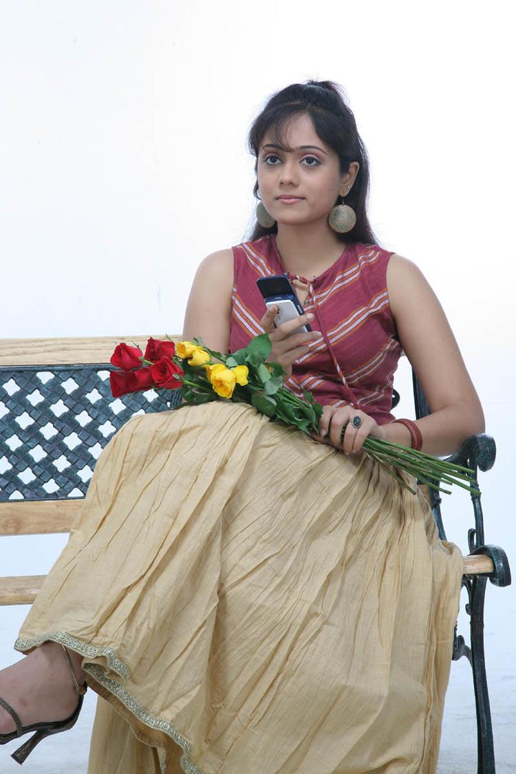 An Actress Beautifull Look Photo Still From Movie Lavvata