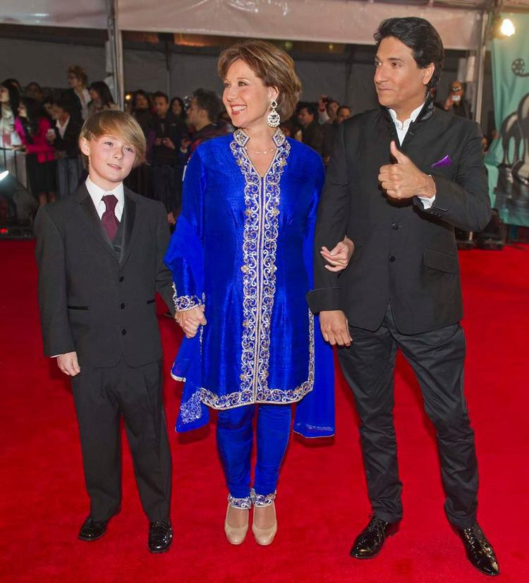 Hamish,Christy And Shiamak Posed In Red Carpet At TOIFA 2013